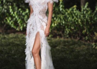 Natasha-Poly-Atelier-Versace-FW18-03-620x930-1